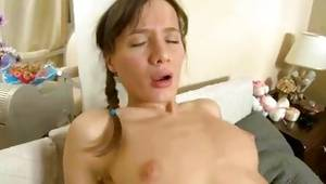 Sexually captivating diaper lover bitch with the cute small pantoons is riding on the hard johnson