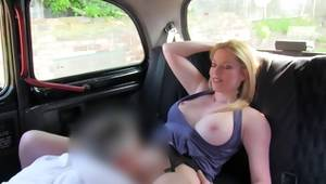 Blond miss pleasured with mouth her matchless vagina