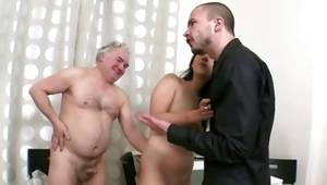 Pair goes MMF sexual intercourse with some graybeard